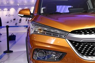 搭载1.2T新动力 车展实拍海马新一代S5