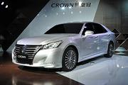 一汽丰田全新皇冠正式上市 售26.48万起