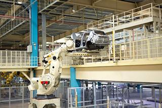 广汽丰田第三生产线正式投产 初期产能10万