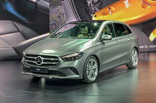 全新奔驰B级亮相 造型更圆润/有望明年国产上市
