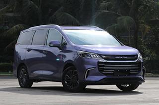 推荐1.5T自动豪华版车型 上汽大通G50购车手册