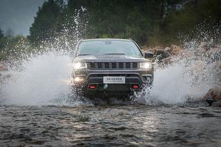 雨夜露營+溯溪穿林 跟隨Jeep指南者尋找最美春天