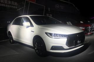 比亞迪全新秦系列上市 推6款車型/5.99萬元起