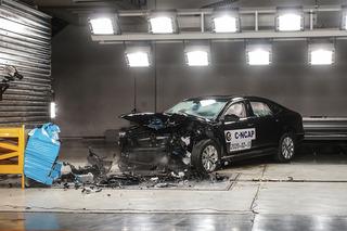 现场观摩帕萨特C-NCAP碰撞测试 整体表现良好