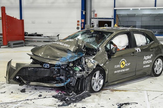 全新丰田卡罗拉碰撞成绩出炉 乘员保护到位